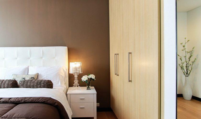 ed599ecf08531 Praktické čalúnené postele s úložným priestorom: Ich výhody vás presvedčia  - DrLife.sk
